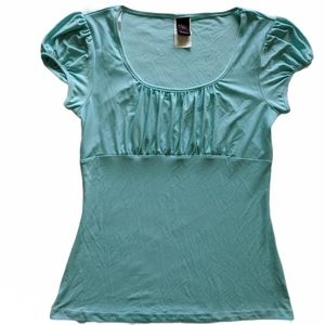 Sweet blue ruched top size Large ~EUC~